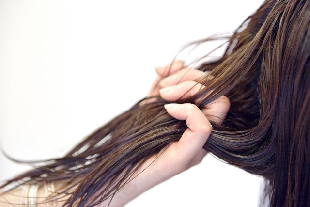 夢占いで髪の毛の夢の意味を13パターン診断!吉夢が多い?