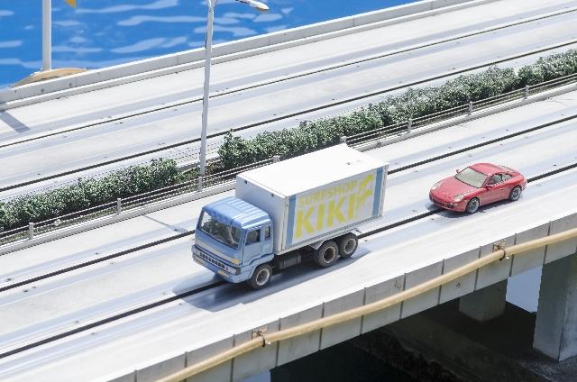夢占いトラックの夢の意味10選!実は今は充電の時期?