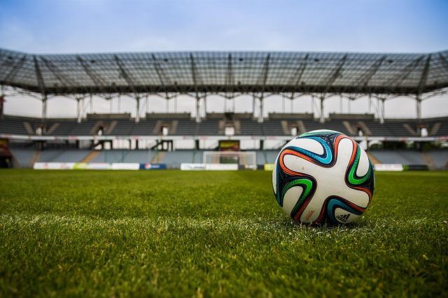 夢占いサッカーの夢の意味20例!ワクワクする出会いが間近