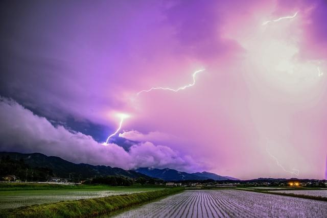 夢占い雷の夢の意味診断!運気アップ明るい未来への暗示が!