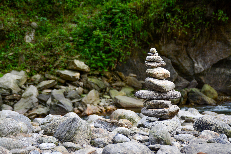 夢占い石の夢の意味20選!意志との強い関係で吉夢が多い